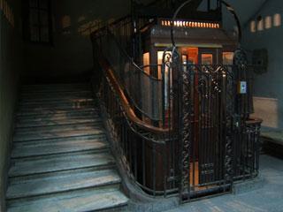 تعمیر، سرویس، نگهداری آسانسور دروس